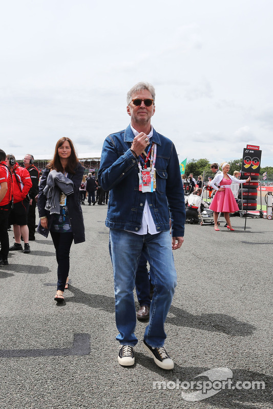 Eric Clapton, Rock Legend on the grid