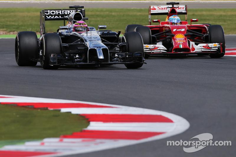 Дженсон Баттон, McLaren MP4-29 і Фернандо Алонсо, Ferrari F14 T