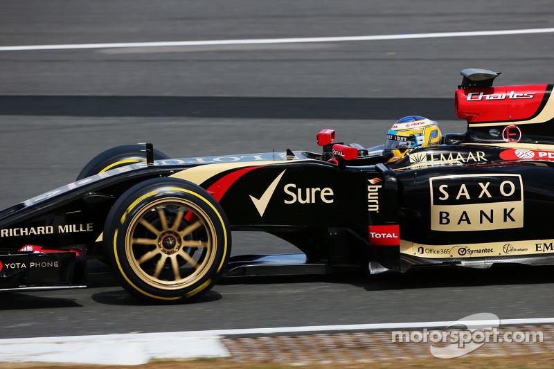 Charles Pic, Lotus F1 E22 Üçüncü Pilotu pitten ayrılıyor ve yeni 18 inçlik lastikleri test etmeye koyuluyor