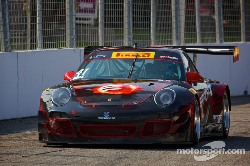 #41 EFFORT Racing Porsche GT3R: Michael Mills