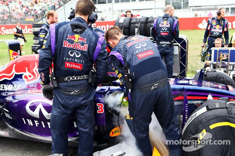 La Red Bull Racing RB10 di Daniel Ricciardo, Red Bull Racing in griglia di partenza