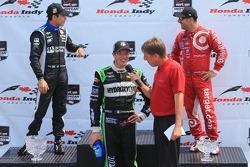 Helio Castroneves, Penske Racing Chevrolet and Sébastien Bourdais, KVSH Racing Chevrolet and Tony Kanaan, Chip Ganassi Racing Chevrolet