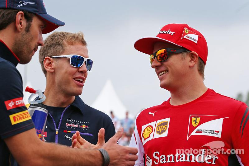 Jean-Eric Vergne, Scuderia Toro Rosso; Sebastian Vettel, Red Bull Racing; e Kimi Raikkonen, Ferrari alla parata dei piloti