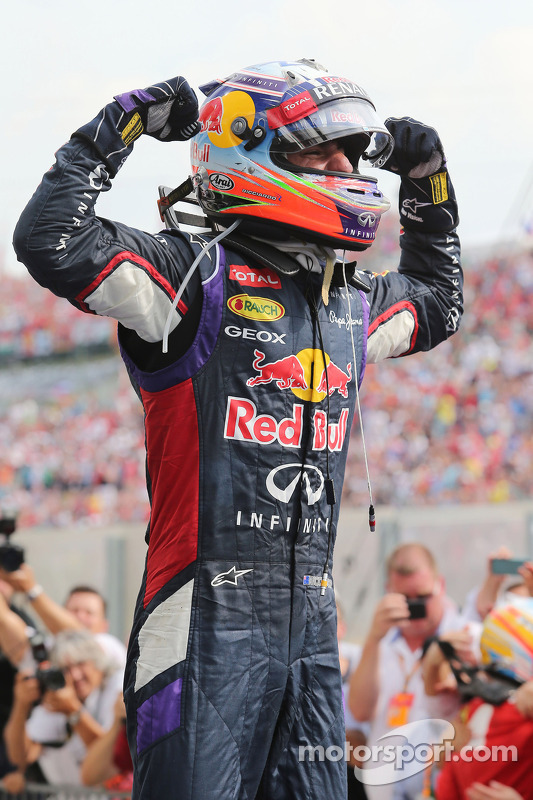 Daniel Ricciardo, Red Bull Racing celebrates in parc ferme