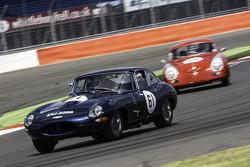 #61 Jaguar E-Type: Geoffrey Lewis, Steve Farthing