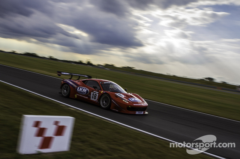 #18 FF Corse Ferrari 458 Itallia GT3: Gary Eastwood, Adam Carroll