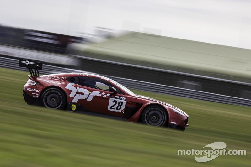 #28 Horsepower Racing Aston Martin Vantage GT3: Paul Bailey, Andy Schulz