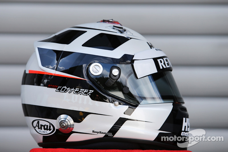 El casco de Andre Lotterer, Caterham F1 Team
