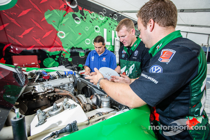 Volkswagen Andretti Rallycross, la squadra a lavoro