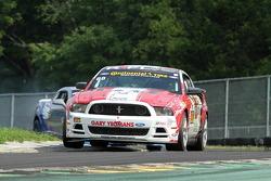 #68 Racers Edge Motorsports Ford Mustang 302R:Ricardo Flores, Corey Lewis