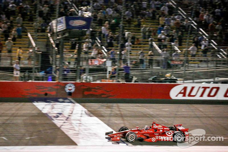 Tony Kanaan, Target Chip Ganassi Racing Chevrolet ottiene la vittoria