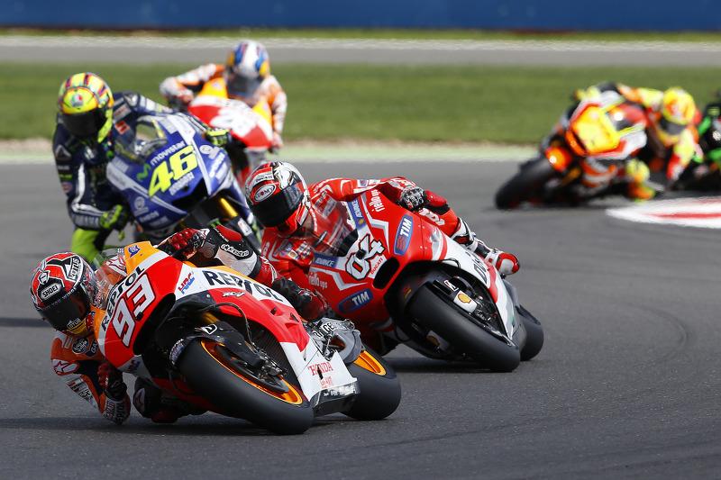"<img src=""http://cdn-1.motorsport.com/static/custom/car-thumbs/MOTOGP_2017/RIDERS_NUMBERS/Marquez.png"" width=""50"" /> #17 GP de Grande-Bretagne 2014"