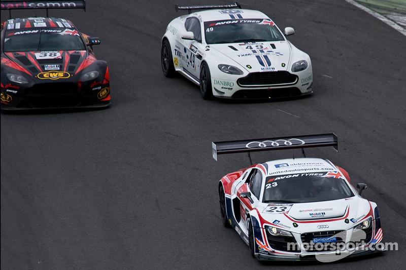 #23 United Autosports 奥迪 R8 LMS Ultra: 约翰·麦卡拉, 马特·贝尔