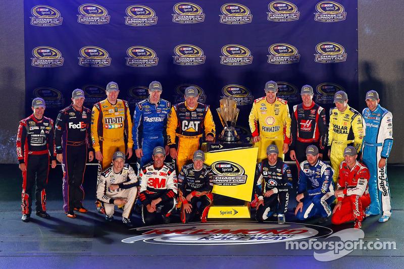 Chase pilotları Jeff Gordon, Denny Hamlin, Kyle Busch, Carl Edwards, Ryan Newman, Joey Logano, Kurt