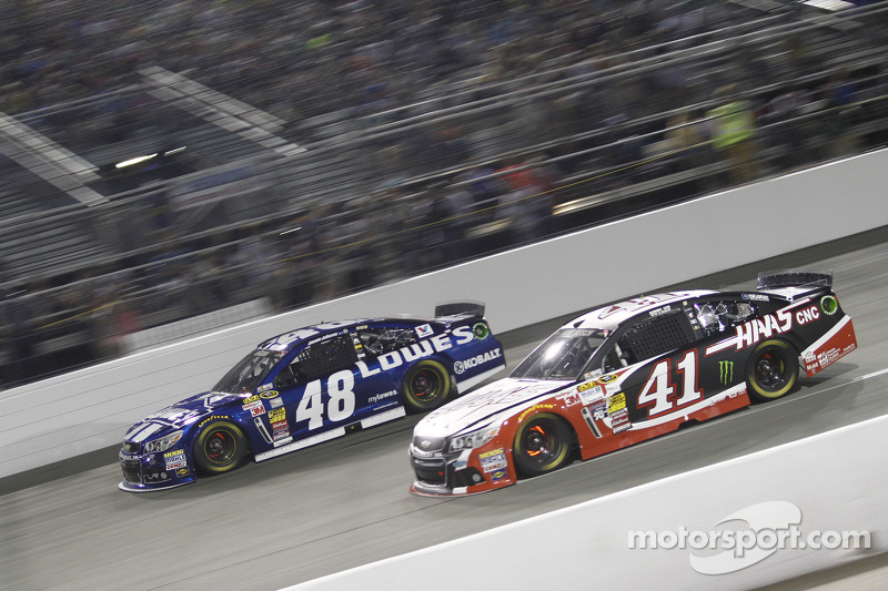 Jimmie Johnson e Kurt Busch
