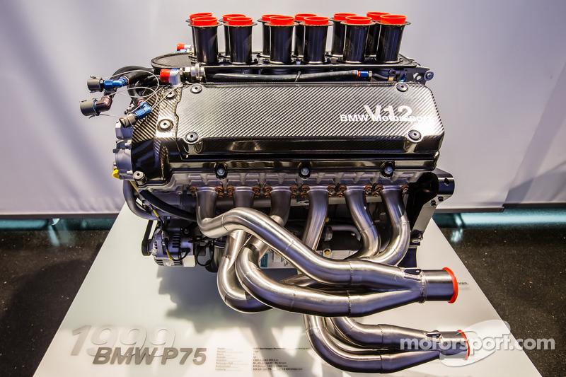 1999 BMW P75 engine