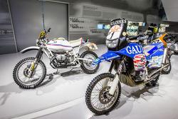 宝马达喀尔拉力摩托车
