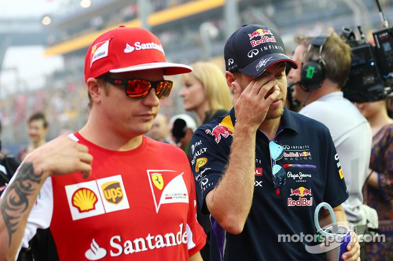 Kimi Raikkonen, Ferrari y Sebastian Vettel, Red Bull Racing en el desfile de pilotos