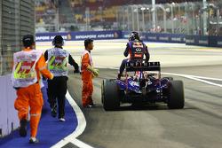 Defekt: Sebastian Vettel, Red Bull Racing RB10
