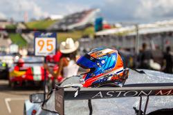 Richie Stanaway capacete