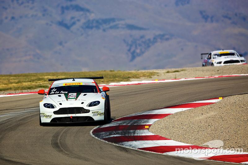 #04 TRG – AMR 阿斯顿马丁 Vantage GT4: 豪尔赫·德拉托雷