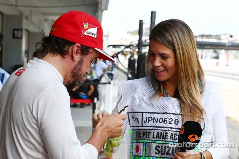 b9a03cfa40 (L to R)  Fernando Alonso