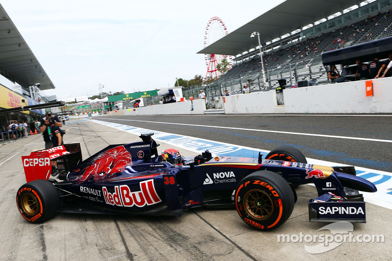 Октябрь 2014: Макс Ферстаппен. Первая тренировка Гран При Японии с Toro Rosso