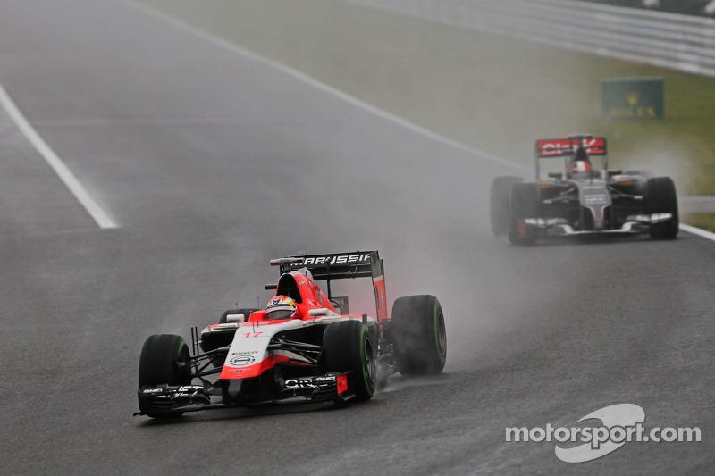 Jules Bianchi, Marussia F1 Takımı MR03 ve Adrian Sutil, Sauber C33