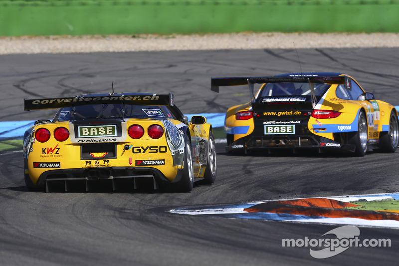 #18 Callaway Competition 雪佛兰克尔维特 Z06.R GT3: 托尼·塞勒, 安德利亚斯·西蒙森