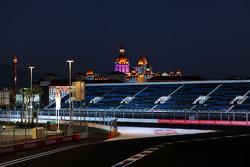 Het Sochi Autodrom in de nacht