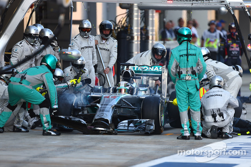 Formula 1 Pit Stop Stock Photos and Images  alamycom