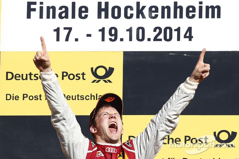 1. Mattias Ekström, feiert seinen Sieg