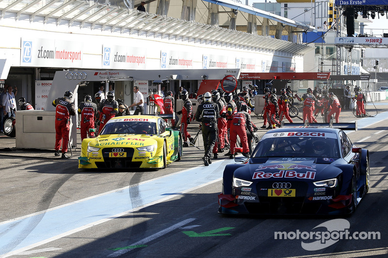 Mattias Ekstrom, Audi Sport Team Phoenix Audi RS 5 DTM en la línea de pits