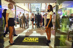 Chicas OMP Racing