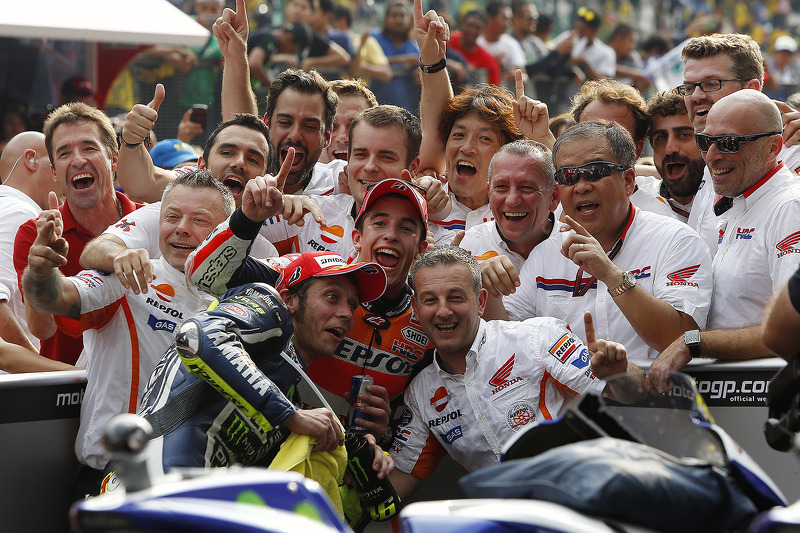Marc Márquez, Repsol Honda Team y Valentino Rossi, Yamaha