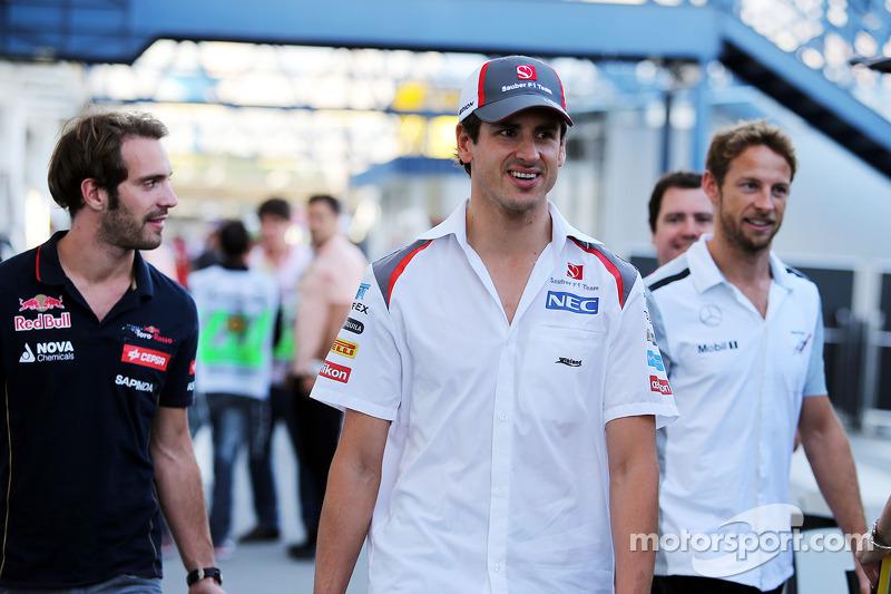 (L to R): Jean-Eric Vergne, Scuderia Toro Rosso with Adrian Sutil, Sauber and Jenson Button, McLaren