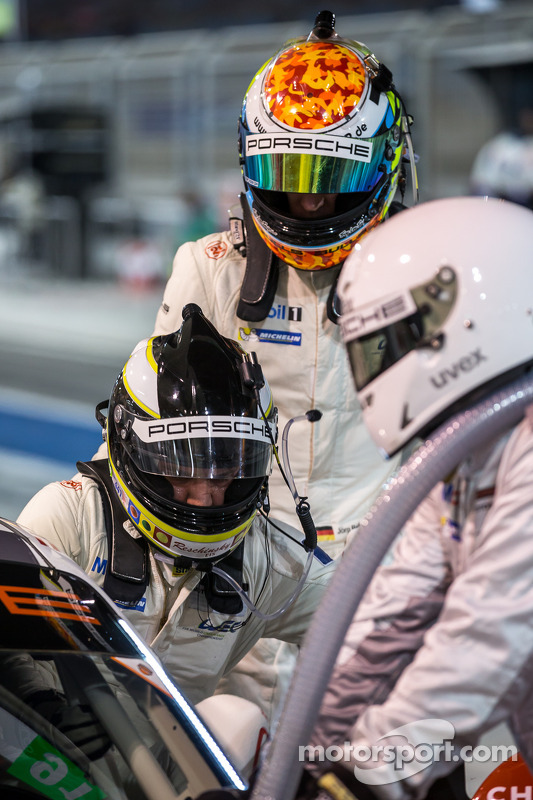 Driver switch for Richard Lietz and Jörg Bergmeister