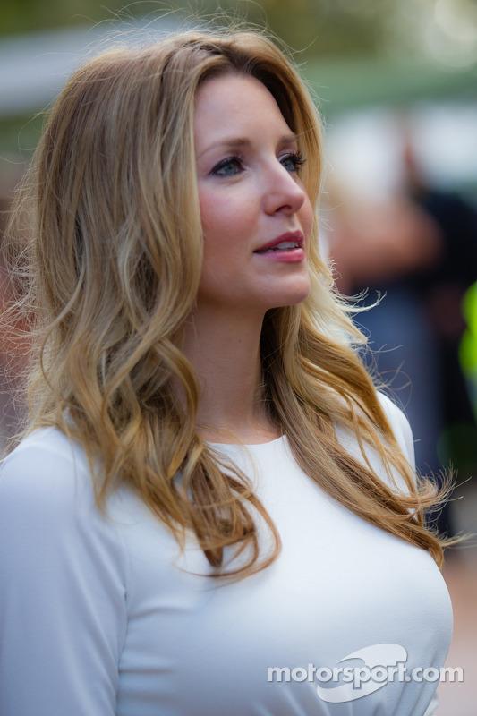Amy Reimann, namorada de Dale Earnhardt Jr.