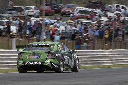 Marcos Ambrose volta ao V8 Supercars