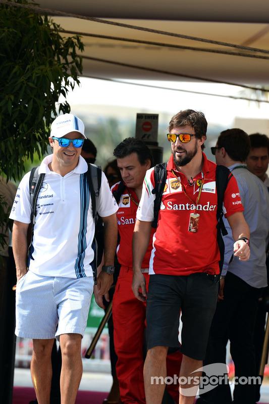 (L to R): Felipe Massa, Williams with Fernando Alonso, Ferrari