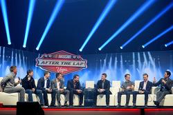 Die 2014 Chase Piloten auf der Bühne im After the Lap