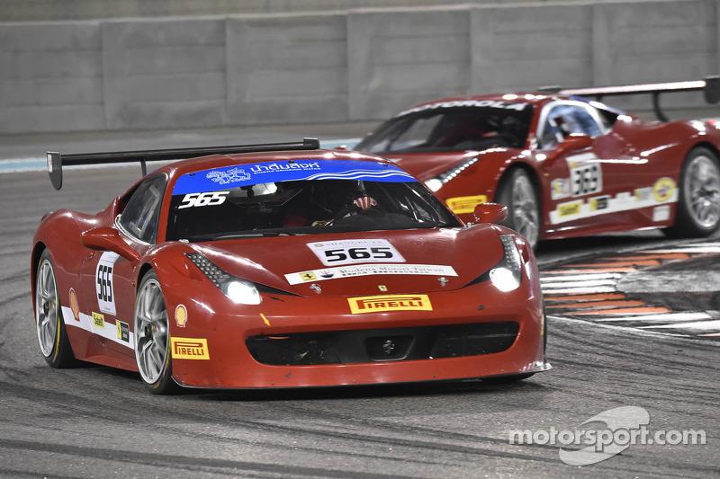#565 Ferrari 458