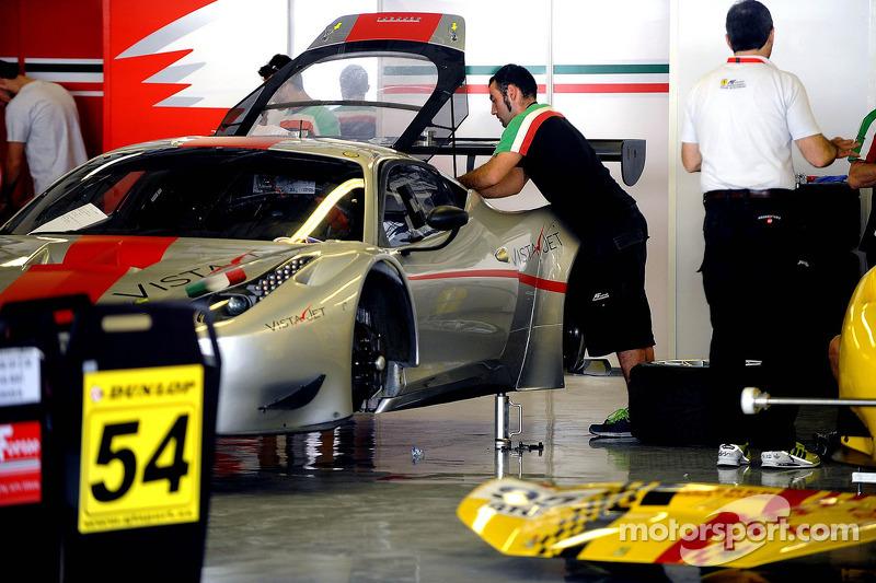 Ferraris getting ready