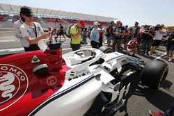 Fans gain an up-close view of the Marcus Ericsson Sauber C37
