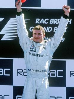 Le vainqueur, David Coulthard, McLaren