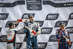 Podium: Race winner Pepe Oriola, Team Oscaro by Campos Racing Cupra TCR, second place Jean-Karl Vernay, Audi Sport Leopard Lukoil Team Audi RS 3 LMS, third place Gabriele Tarquini, BRC Racing Team Hyundai i30 N TCR