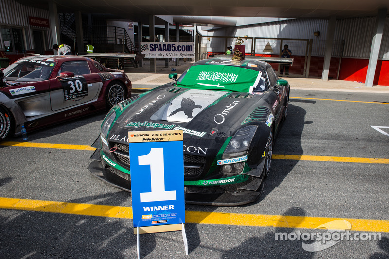 Mobil pemenang: #2 Black Falcon Mercedes SLS AMG GT3