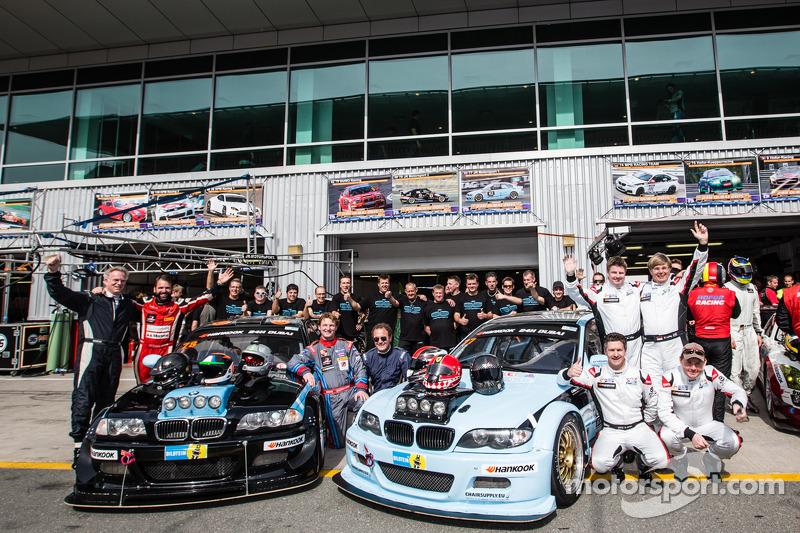#78 JR Motorsport,宝马E46 GTR: Harry Hilders, Gijs Bessem, Daan Meijer, Roger Grouwels, #77 JR Motorsport,宝马E46 GTR: Bob Herber, Martin Lanting, Ben Gill, Mark Jaffray