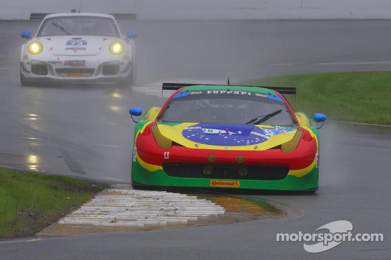 #64 Scuderia Corsa, Ferrari 458 Italia: Francisco Longo, Daniel Serra