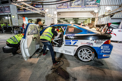 Pit stop para o # 57 LAP57 Corrida Honda Integra Type R: Mohammed Al Owais, Abdullah Al Hammadi, Nad